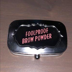 Benefit foolproof brownpowder